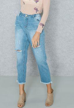 Raw Hem Ripped Straight Jeans