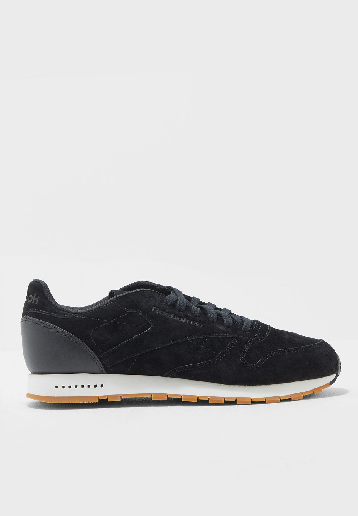 Shop Reebok black Classic Leather SG BS7892 for Men in Qatar - RE019SH19TRC b1f81219b