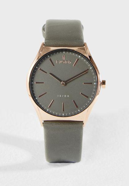 Monotone Strap Watch