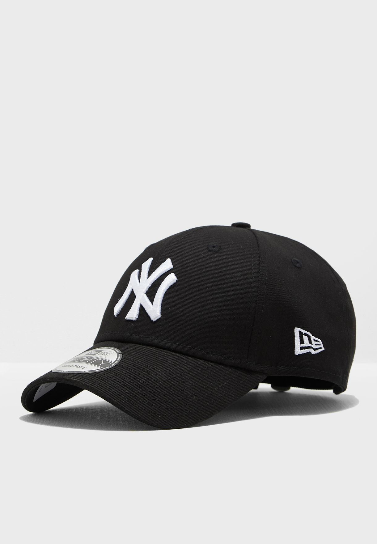 3a29b54678b Shop New Era black 9Forty New York Yankees Cap 10531941 for Men in ...