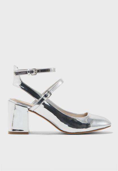 حذاء بكعب سميك متوسط الارتفاع