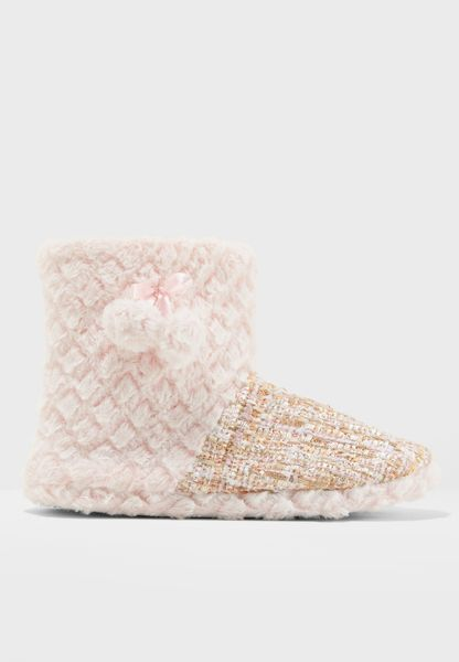 Fur Boot WIth Pom