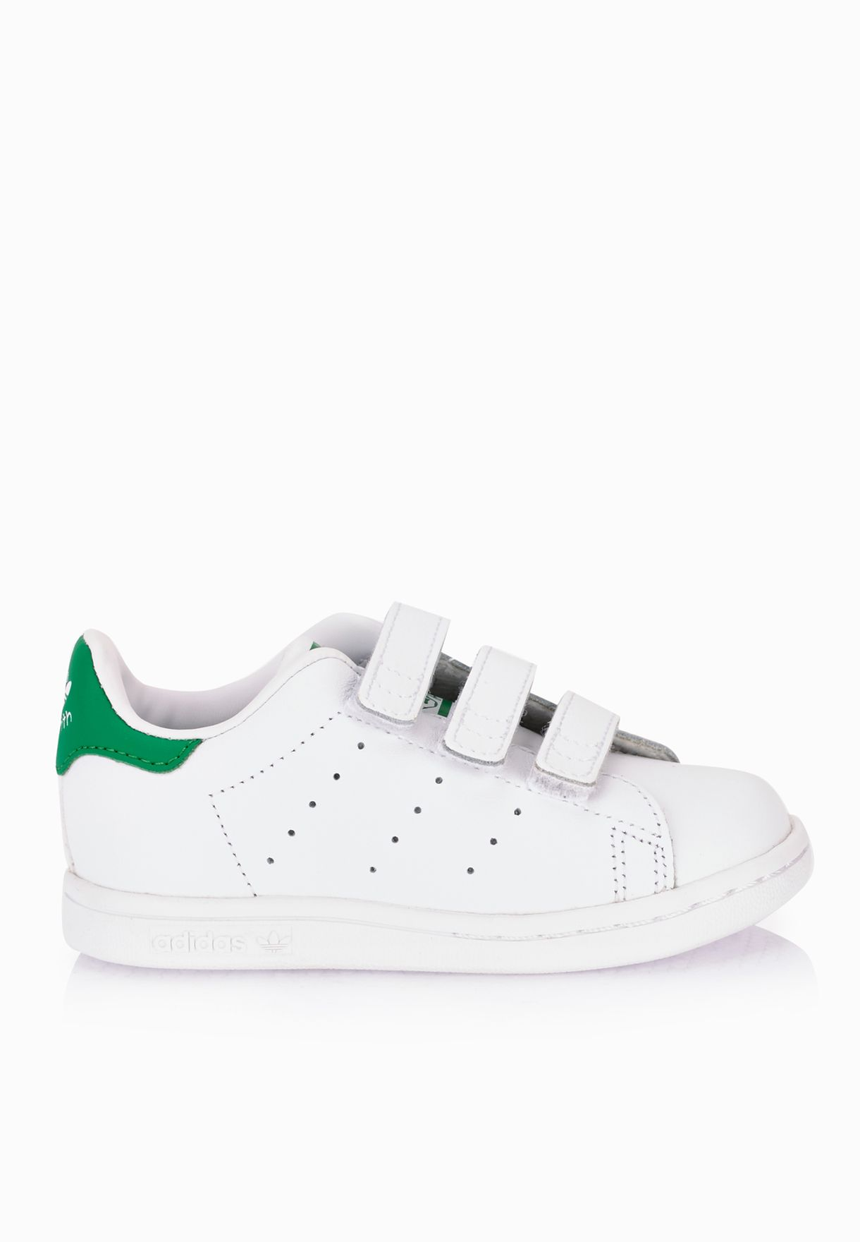 uk availability 8224b 74893 Shop adidas Originals white Stan Smith Infant M20609 for Kids in Oman -  AD478SH19PSM