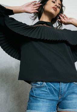 Lace Yoke Pleated Ruffle Paneled Top