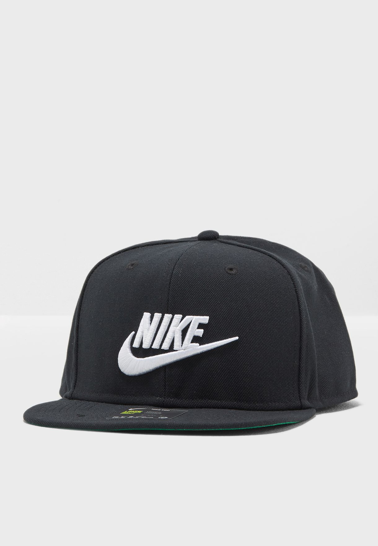 950076f4 Shop Nike black Futura Pro Cap 891284-010 for Men in UAE - NI727AC19ZBK