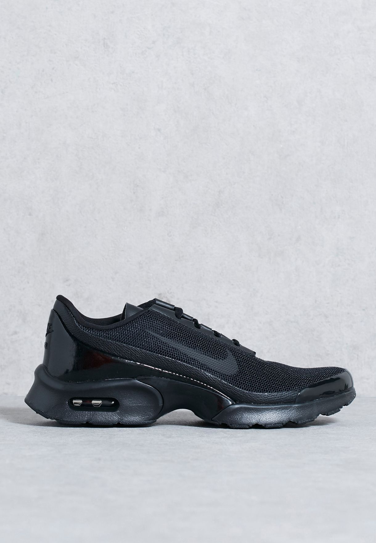 f4b9efcbe67e Shop Nike black Air Max Jewell 896194-005 for Women in Bahrain -  NI727SH09EGO