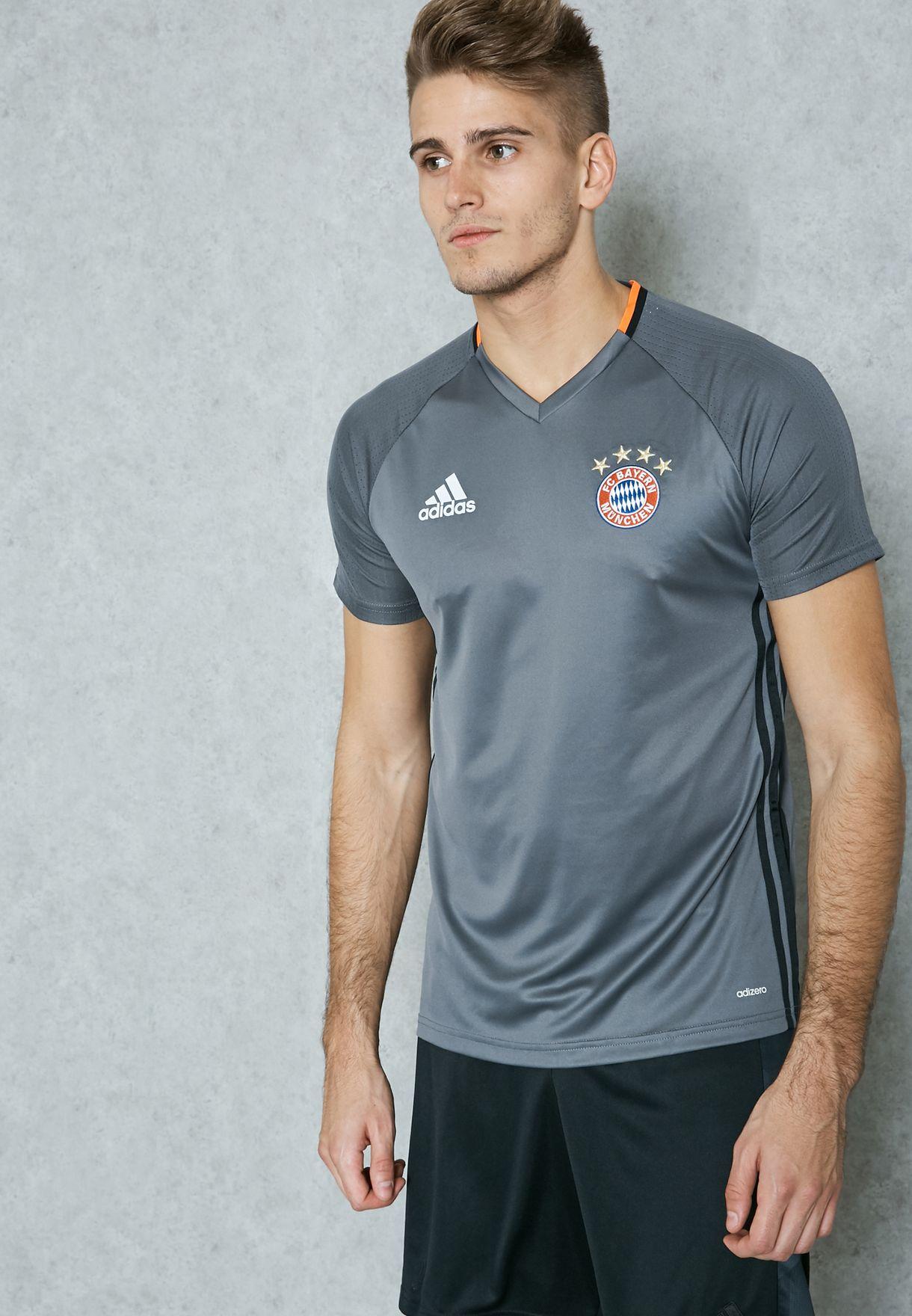 finest selection 8e550 df0da FC Bayern Munich Training T-Shirt