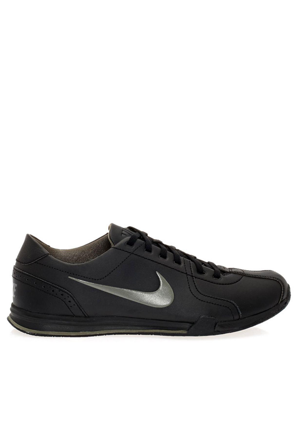 Buy Nike black Nike Circuit Trainer II