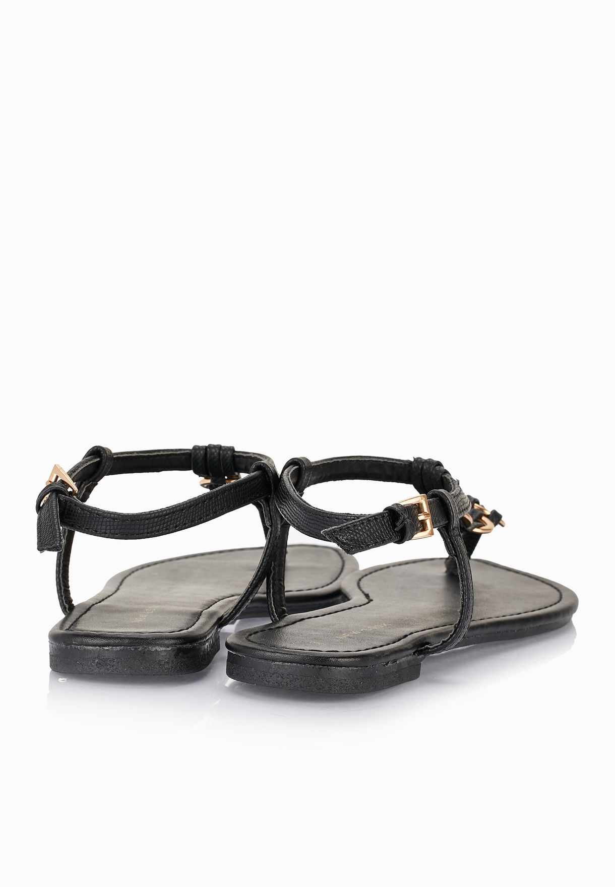 cc97b2d8619 Shop New Look black Hooping Thong Sandals for Women in Kuwait ...