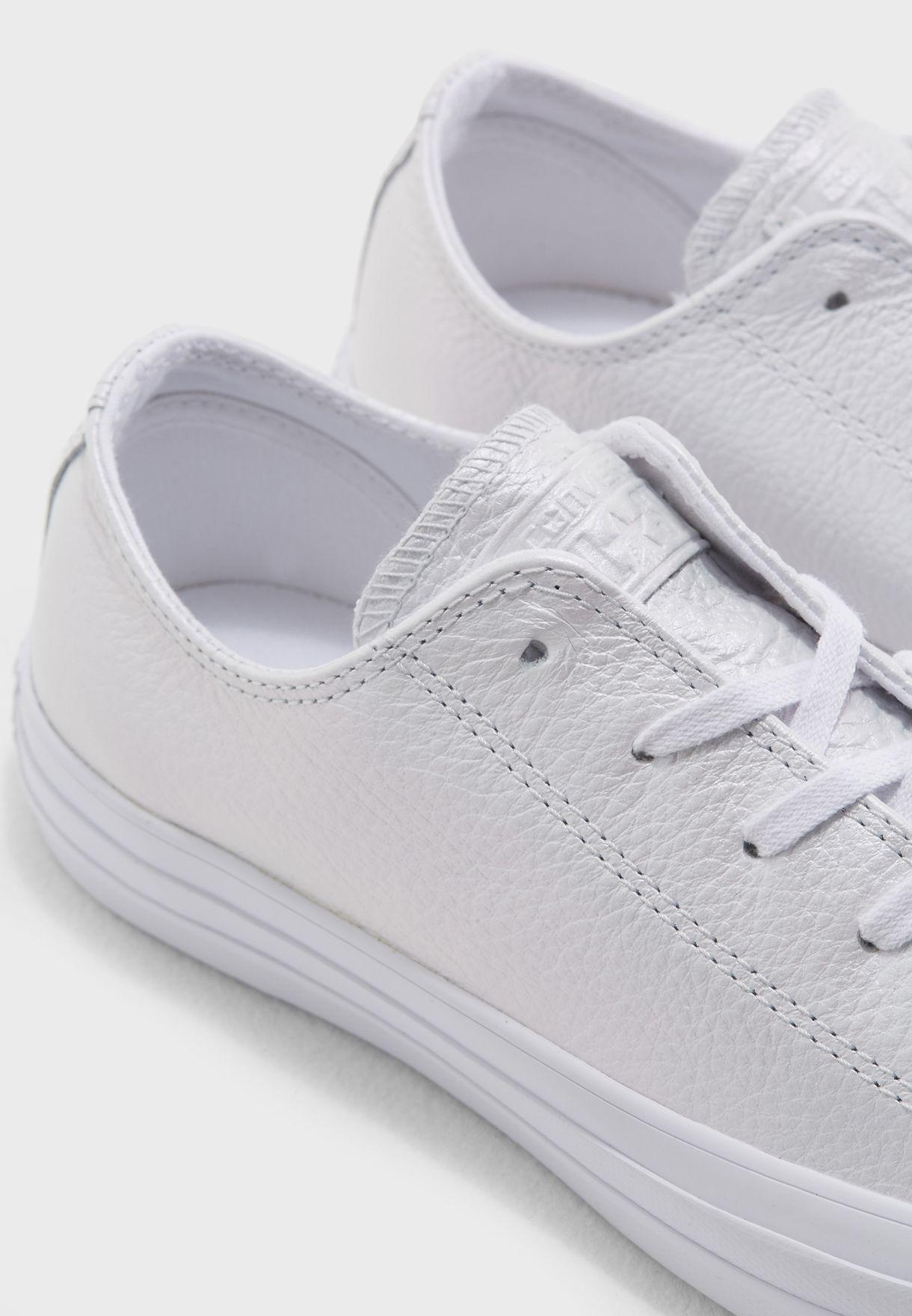 حذاء سي تي ايه اس: اريدسنت ليذر