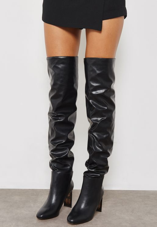 Kiss Knee Boot