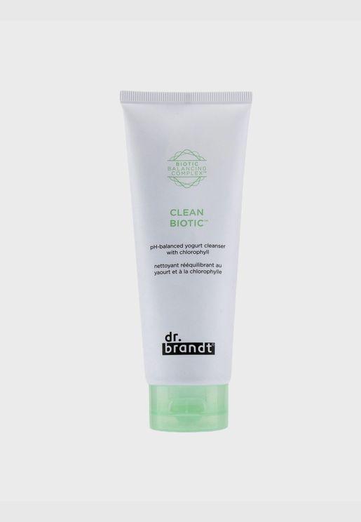 Clean Biotic PH-Balanced Yogurt Cleanser with Chlorophyll