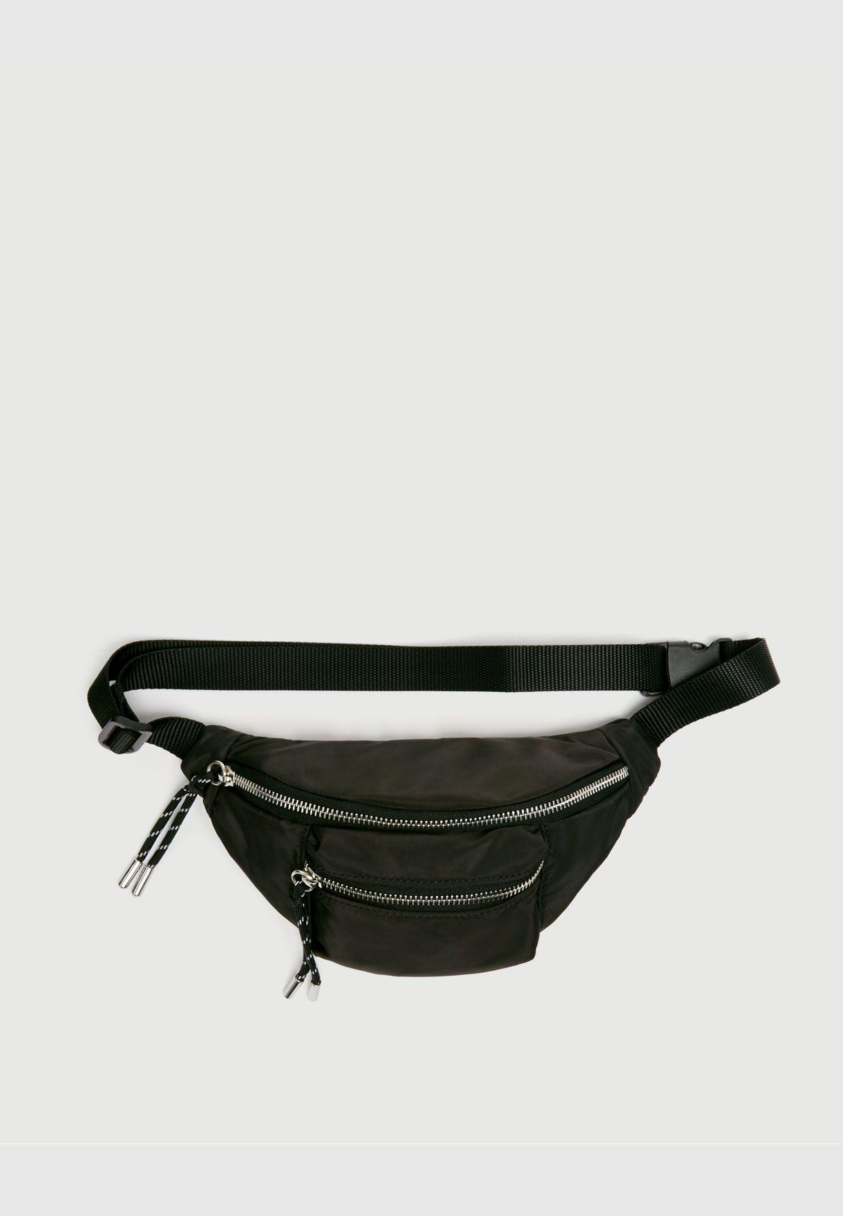 حقيبة خصر سوداء