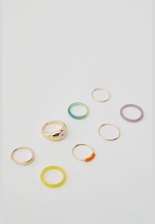 Pack of 8 resin daisy rings