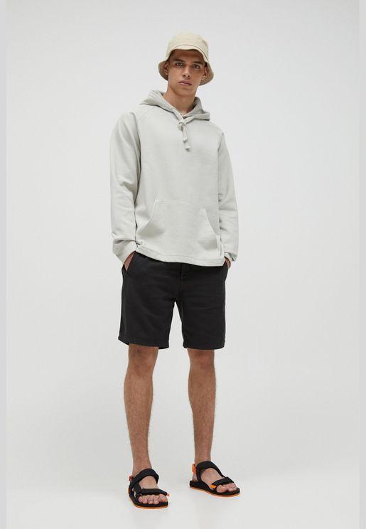 Linen Bermuda shorts with elastic drawstring waistband