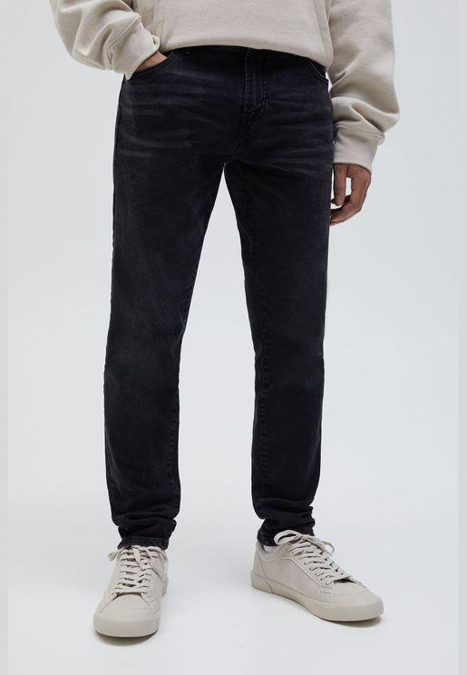 جينز سكيني أسود باهت مرن