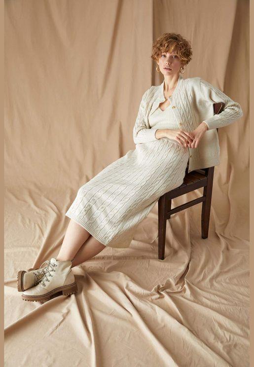 Woman Comfort Fit Skirt
