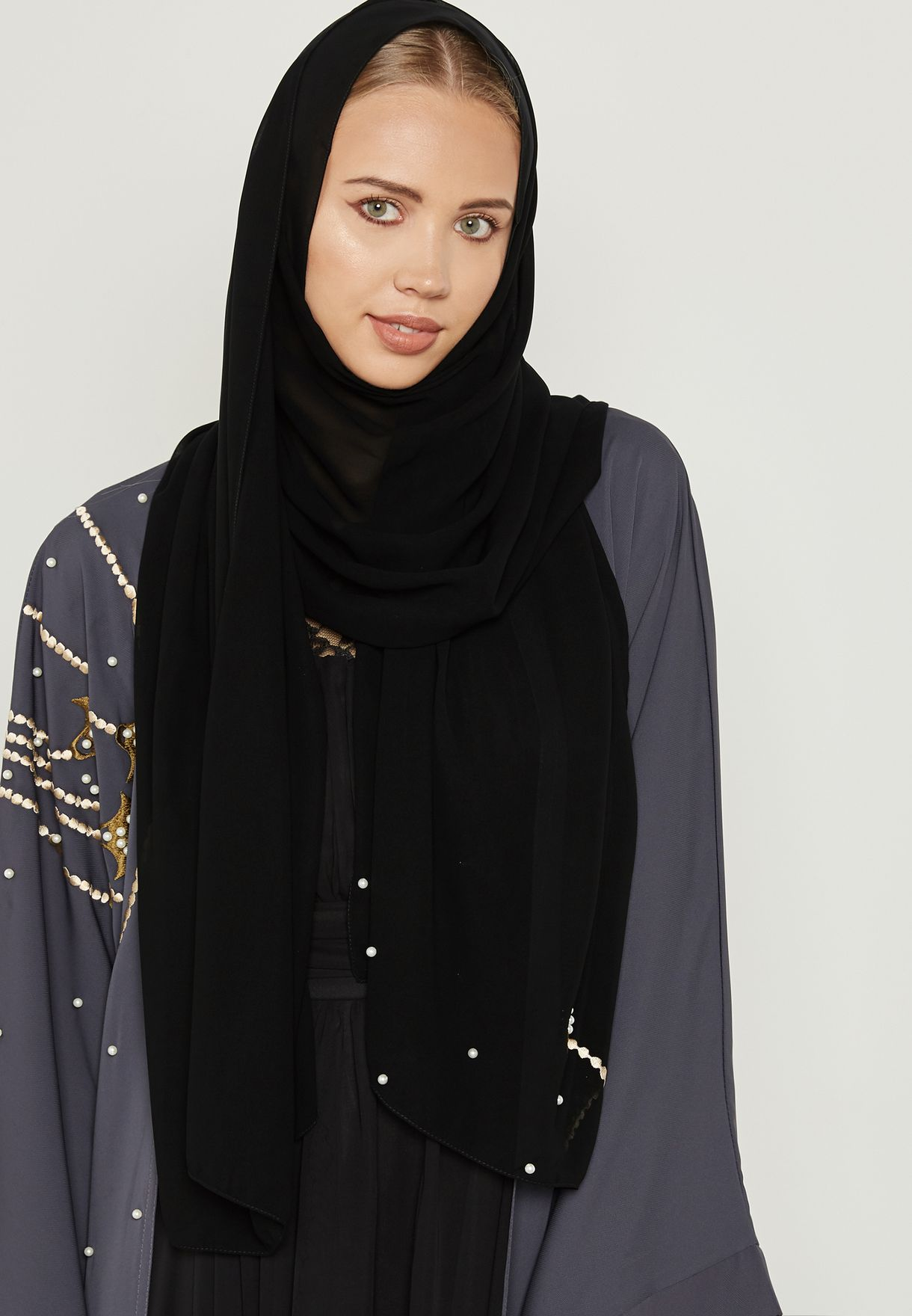 One Side Embroidered Pearl Abaya