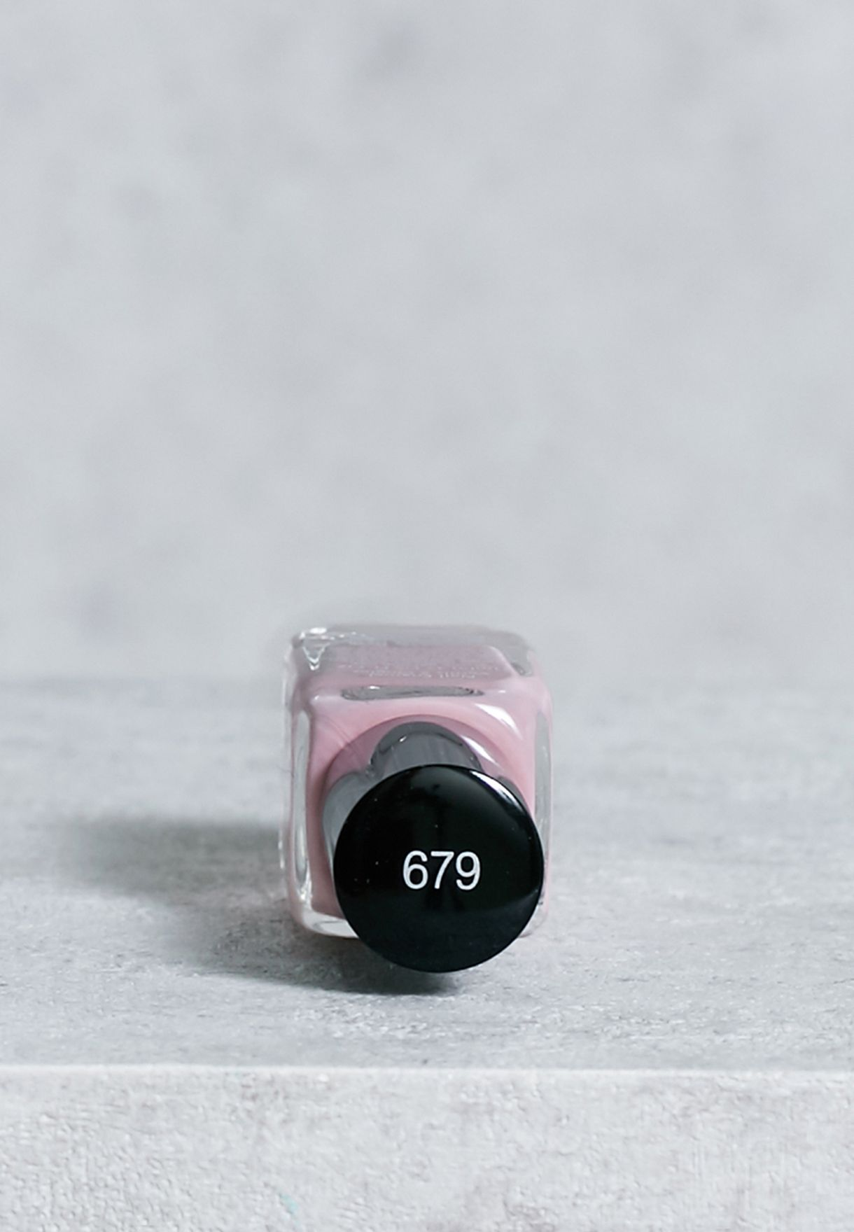 O2M Breathable Nail Enamel #679
