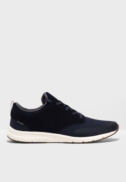 Bolton Sneakers