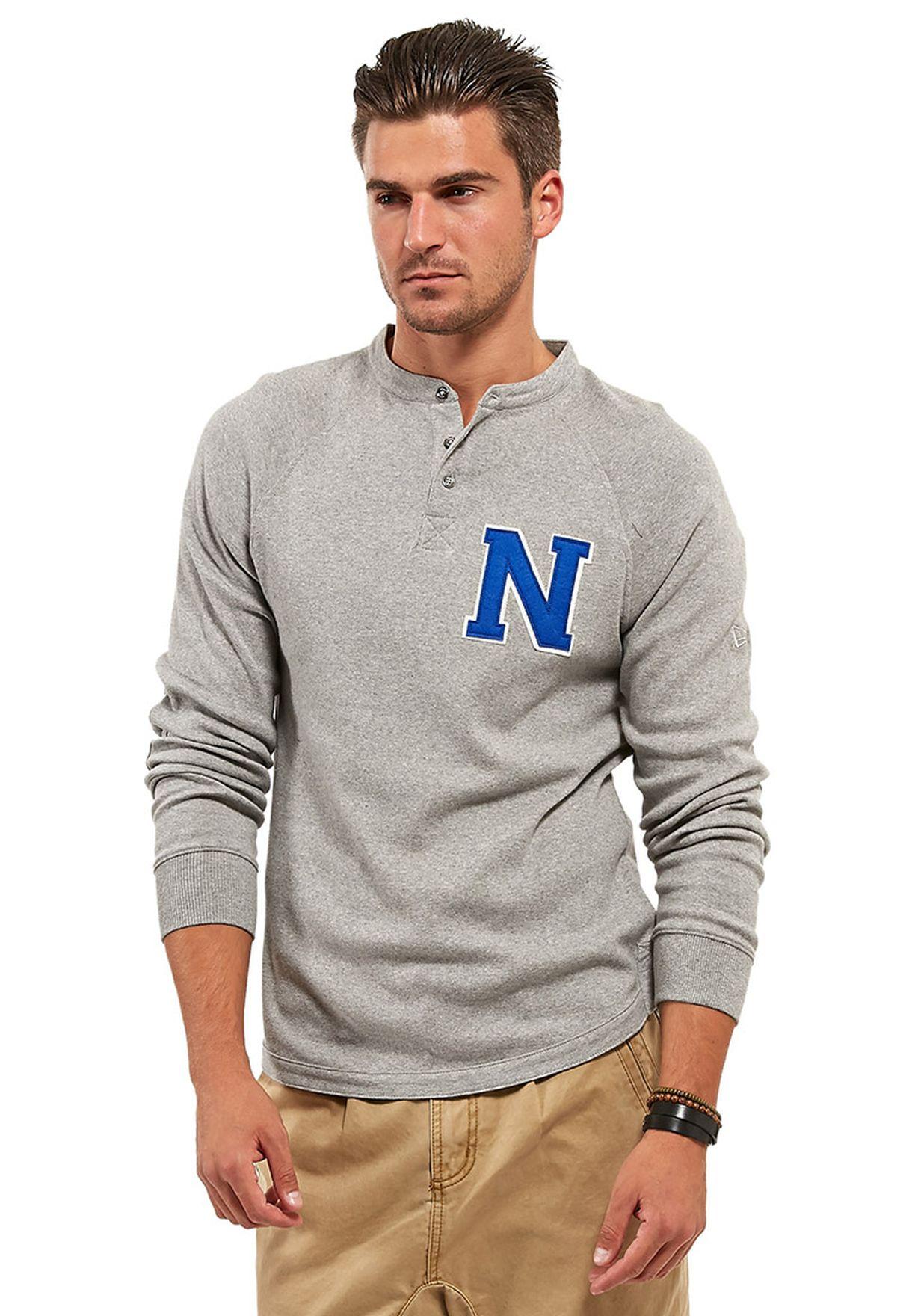 4d6a7f72 Shop New Era grey Varsity T-shirt for Men in Qatar - NE207AT98URL