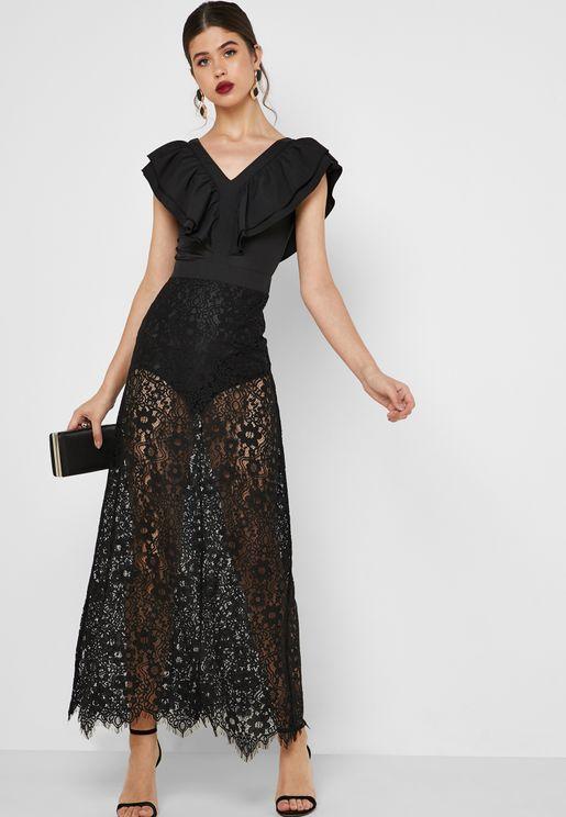 فستان دانتيل مكسي بطبقة علوية كشكش
