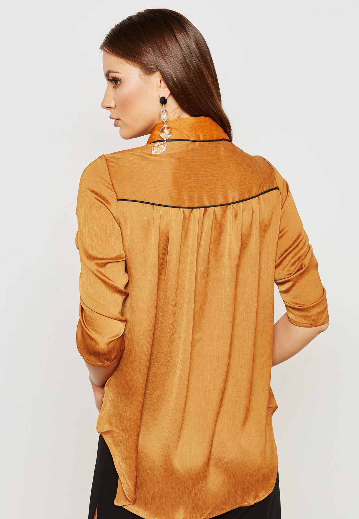 Contrast Piping Ruched Sleeve Shirt