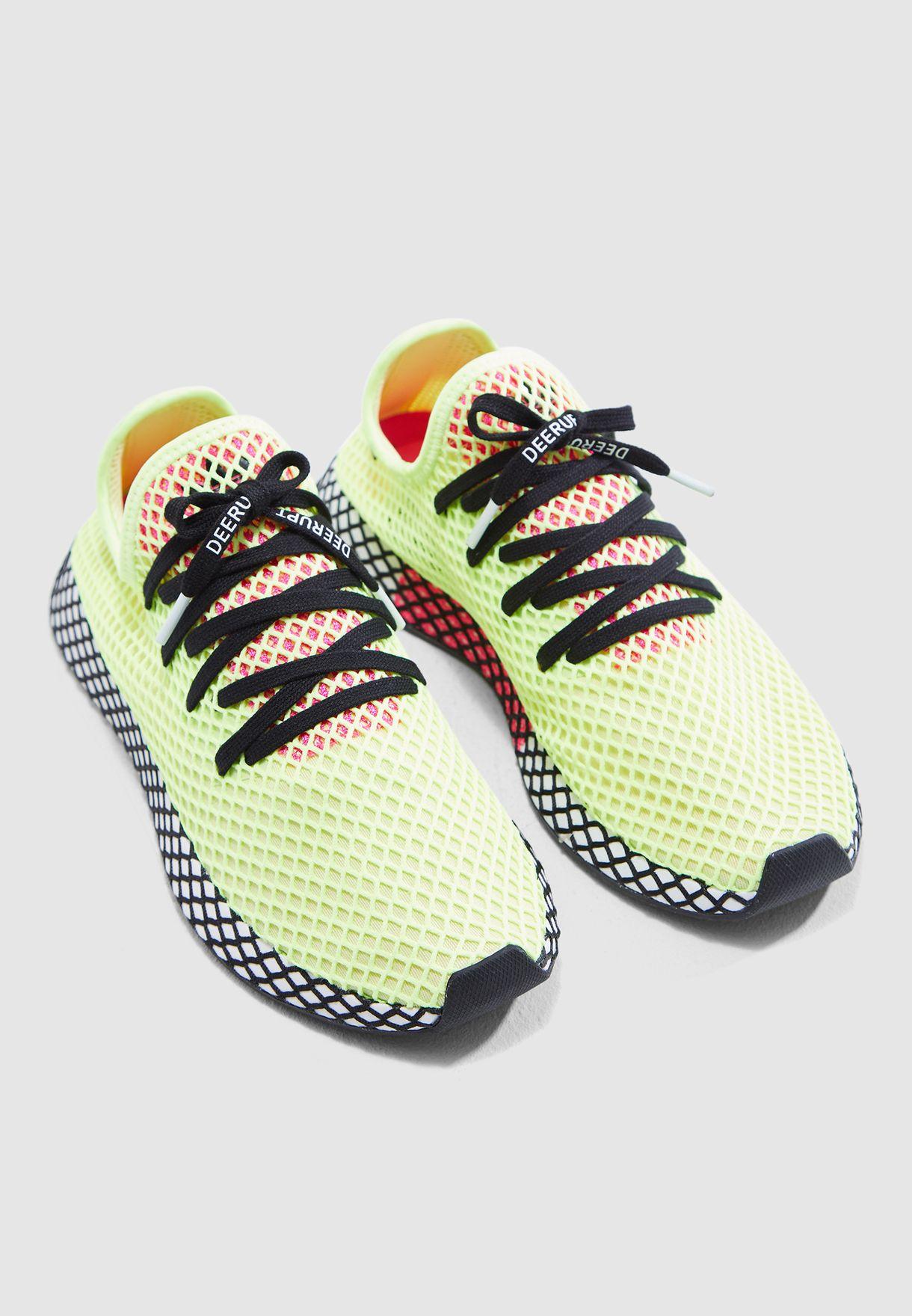 5b67bc9b4f74 Shop adidas Originals green Deerupt Runner CG5943 for Men in UAE ...