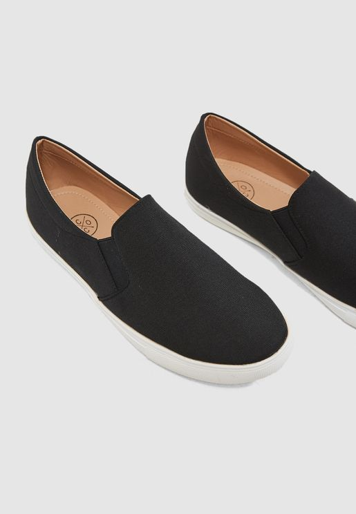 حذاء عصري