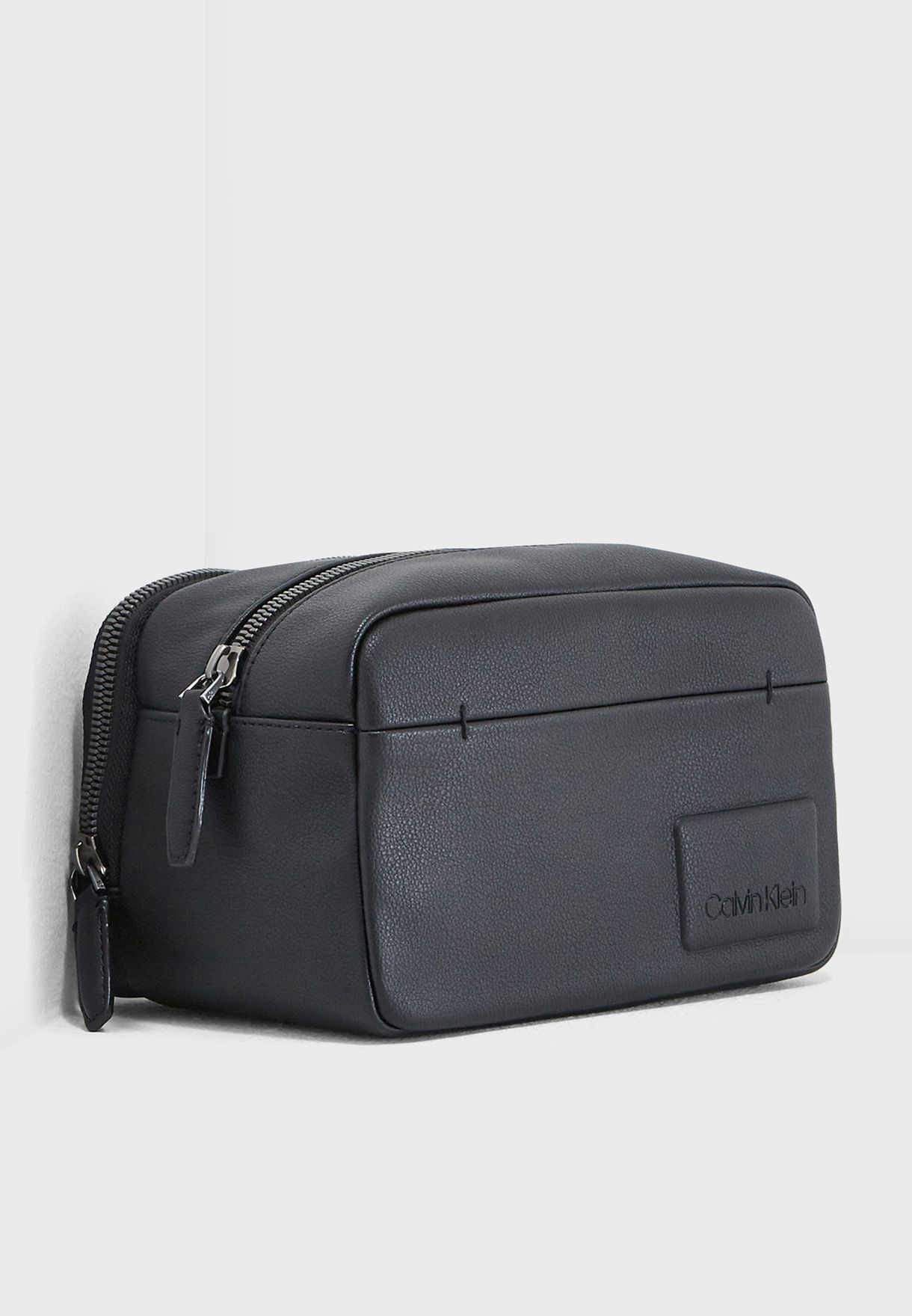 c99599ecbb Shop Calvin Klein black Toiletry Bag K50K503952001 for Men in UAE ...
