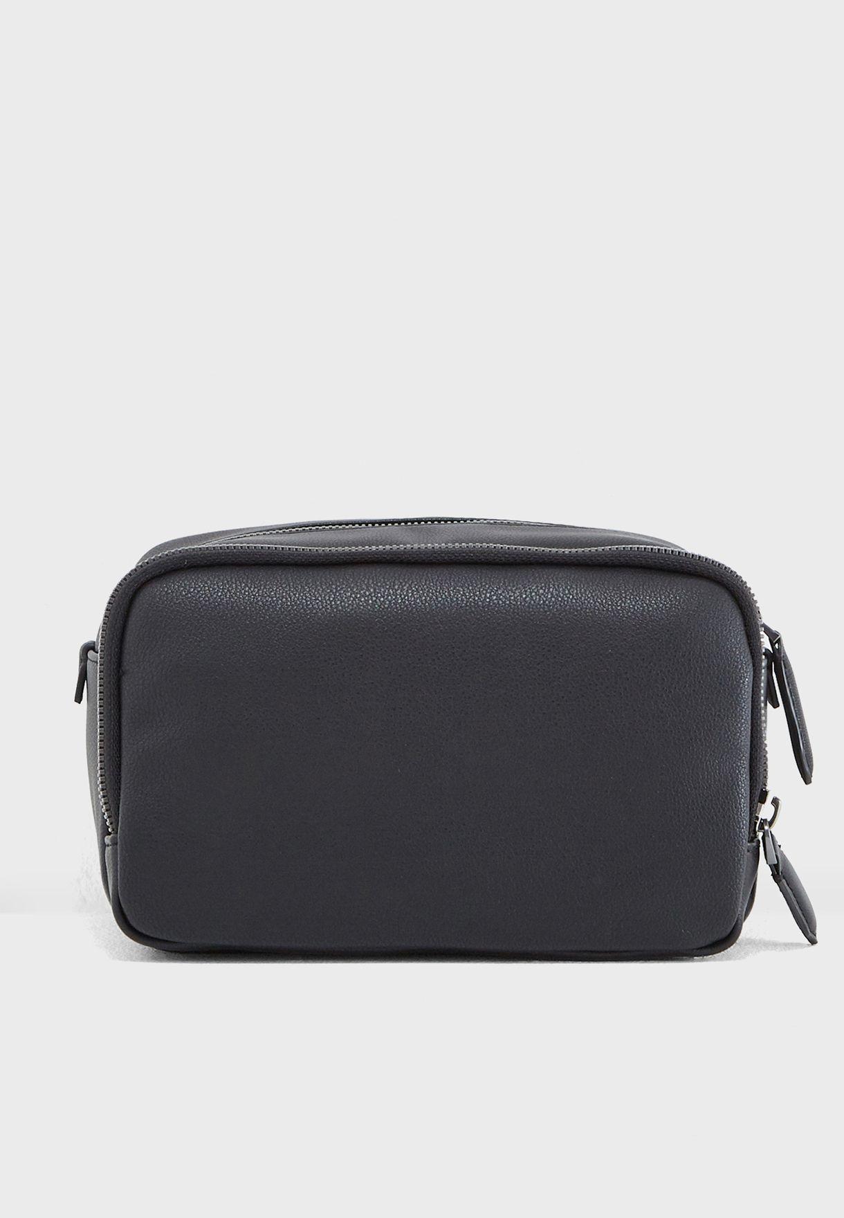 c99599ecbb Shop Calvin Klein black Toiletry Bag K50K503952001 for Men in UAE ...