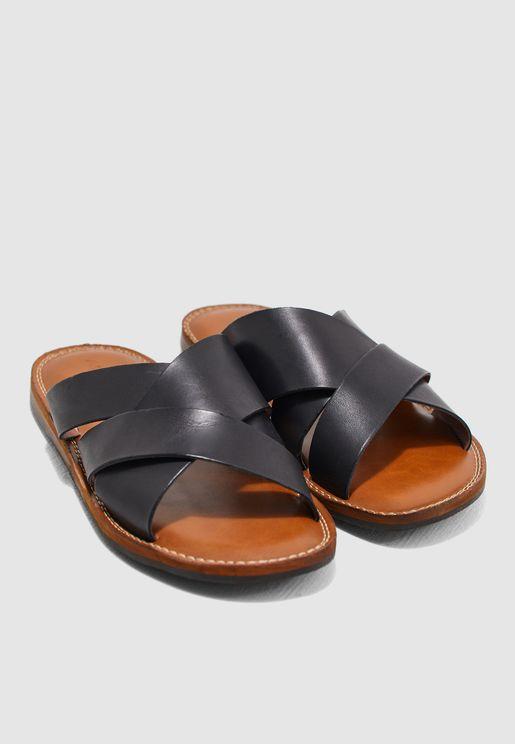 Qasien Sandals