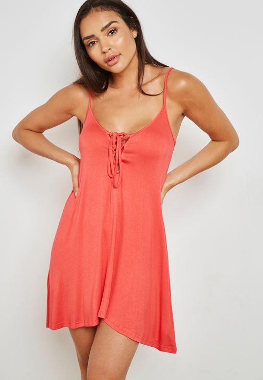 فستان قصير بحمالات
