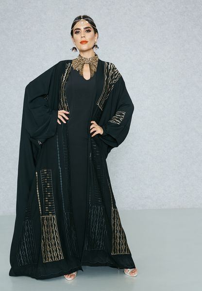Embroidered Detail Bisht