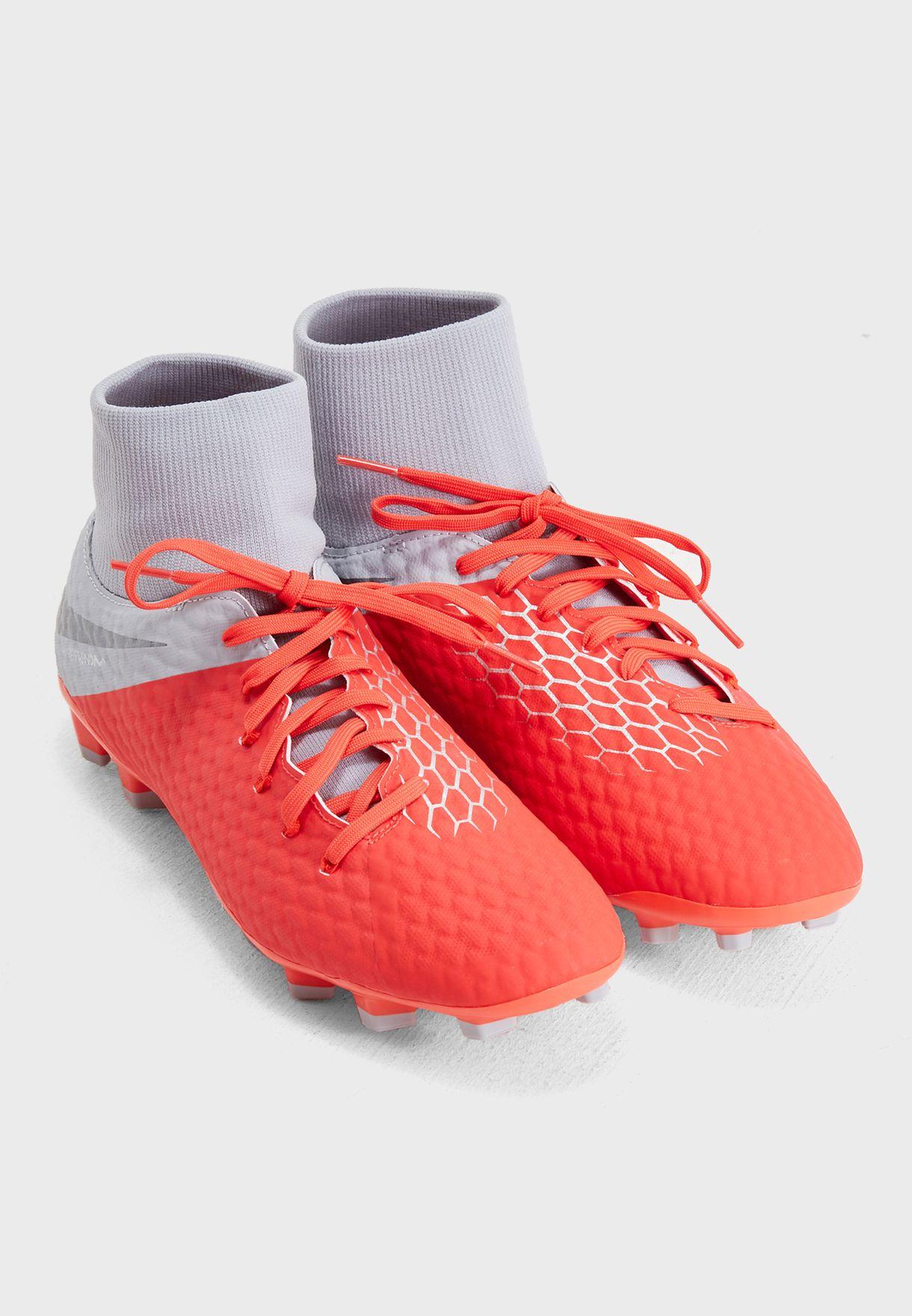 حذاء فانتوم 3 اكاديمي دي اف اف جي