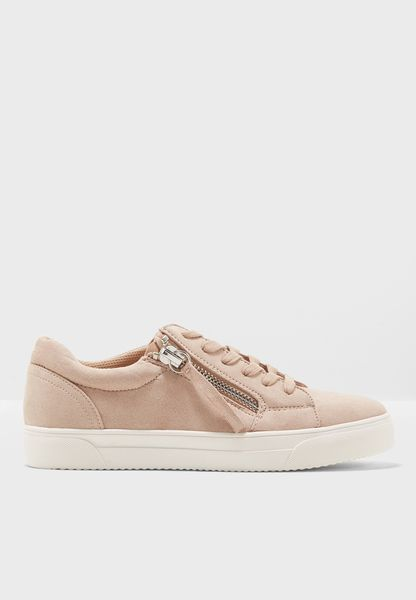 Minister Lace Up Sneaker