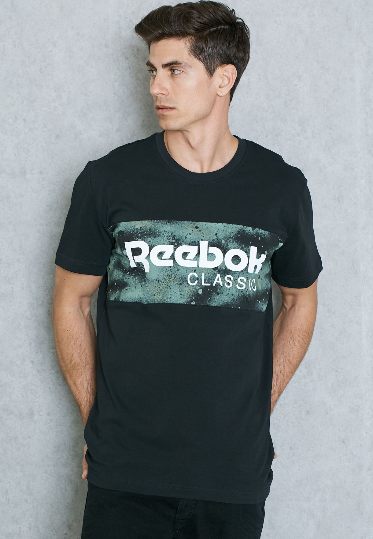 904015320 Shop Reebok black Spray Camo Archive T-Shirt AY1158 for Men in UAE ...