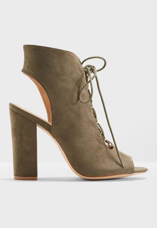 Vela Block Heel Sandal
