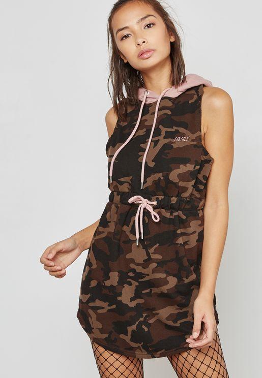 فستان بطبعات جيش