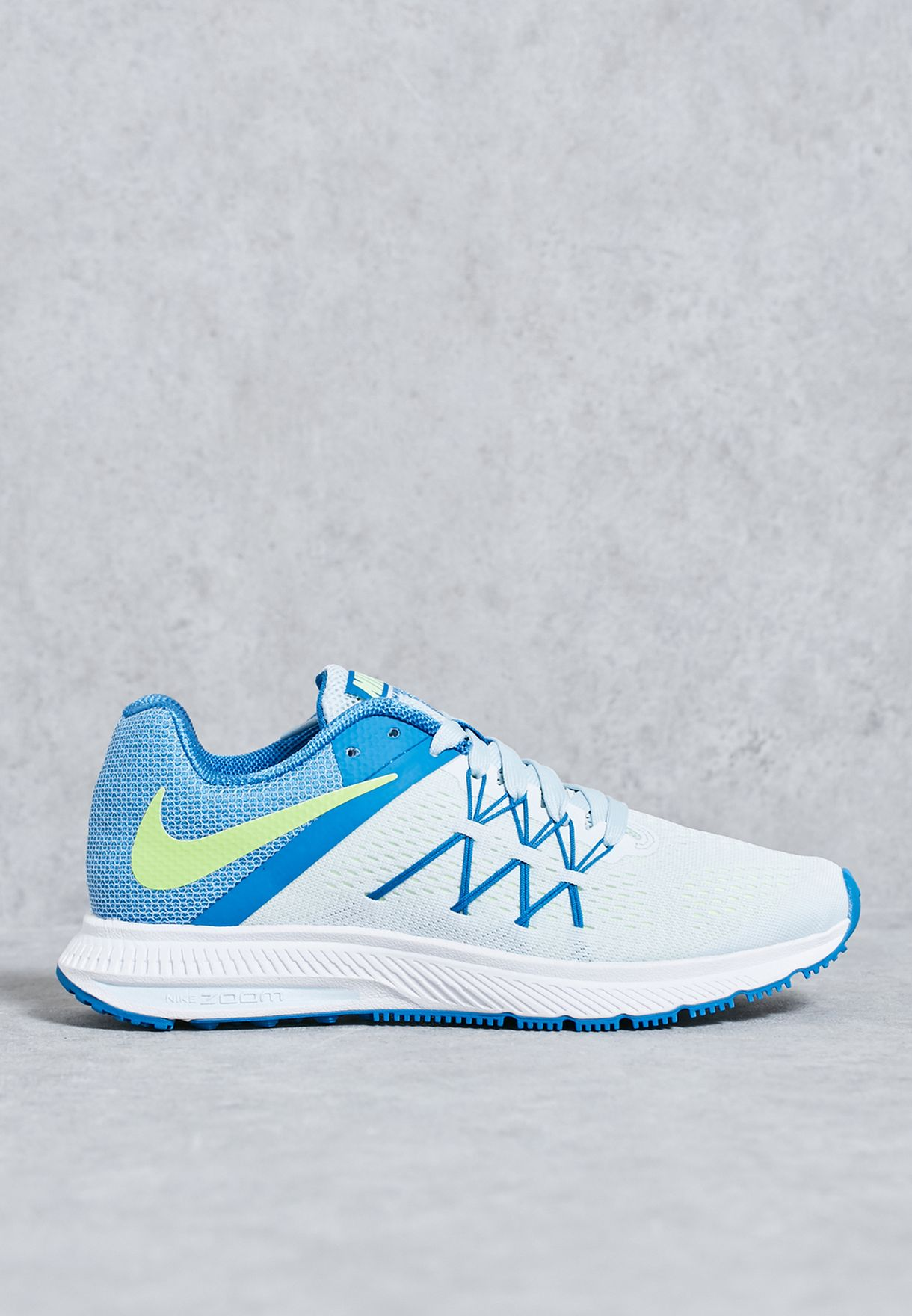 best service 81dc1 320c0 Shop Nike white Zoom Winflo 3 831562-401 for Women in Oman ...