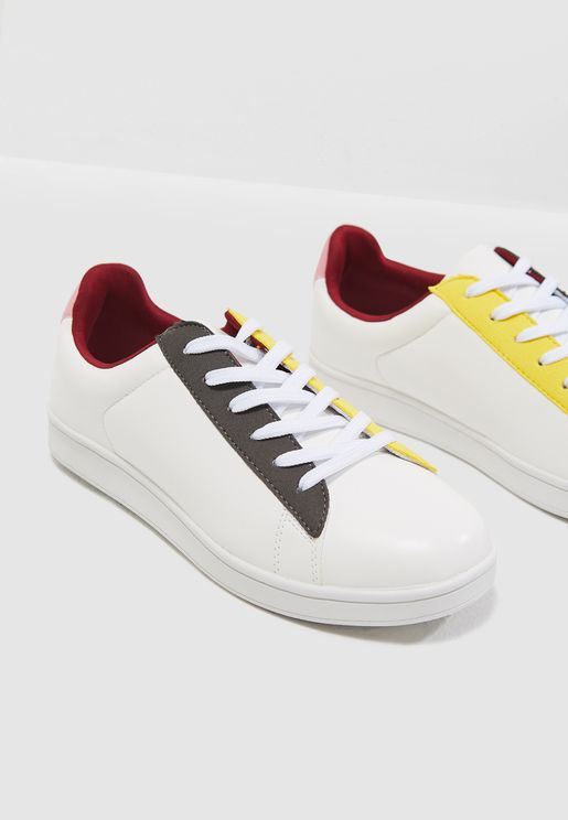 Ashton Sneakers
