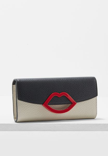 Lip Closure Trisha Wallet
