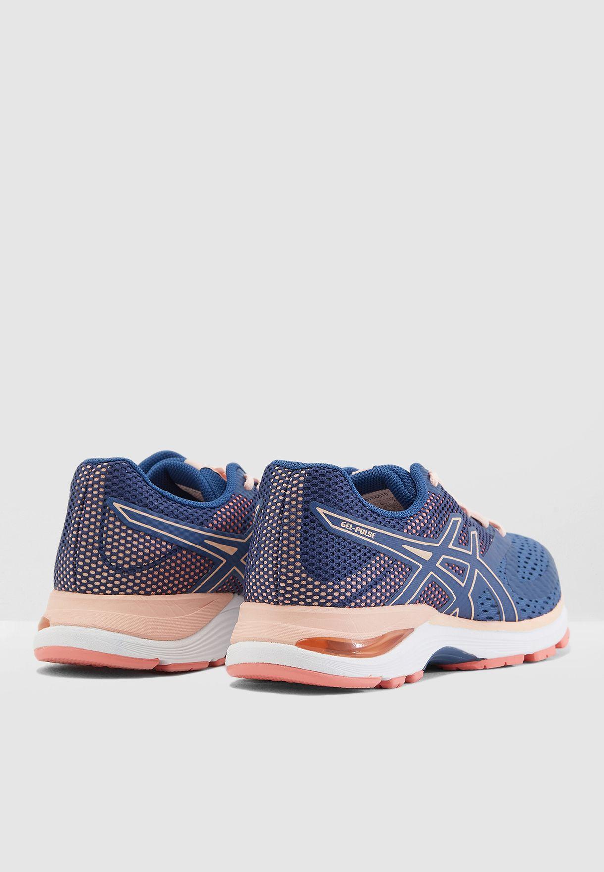 حذاء جيل بلس 10