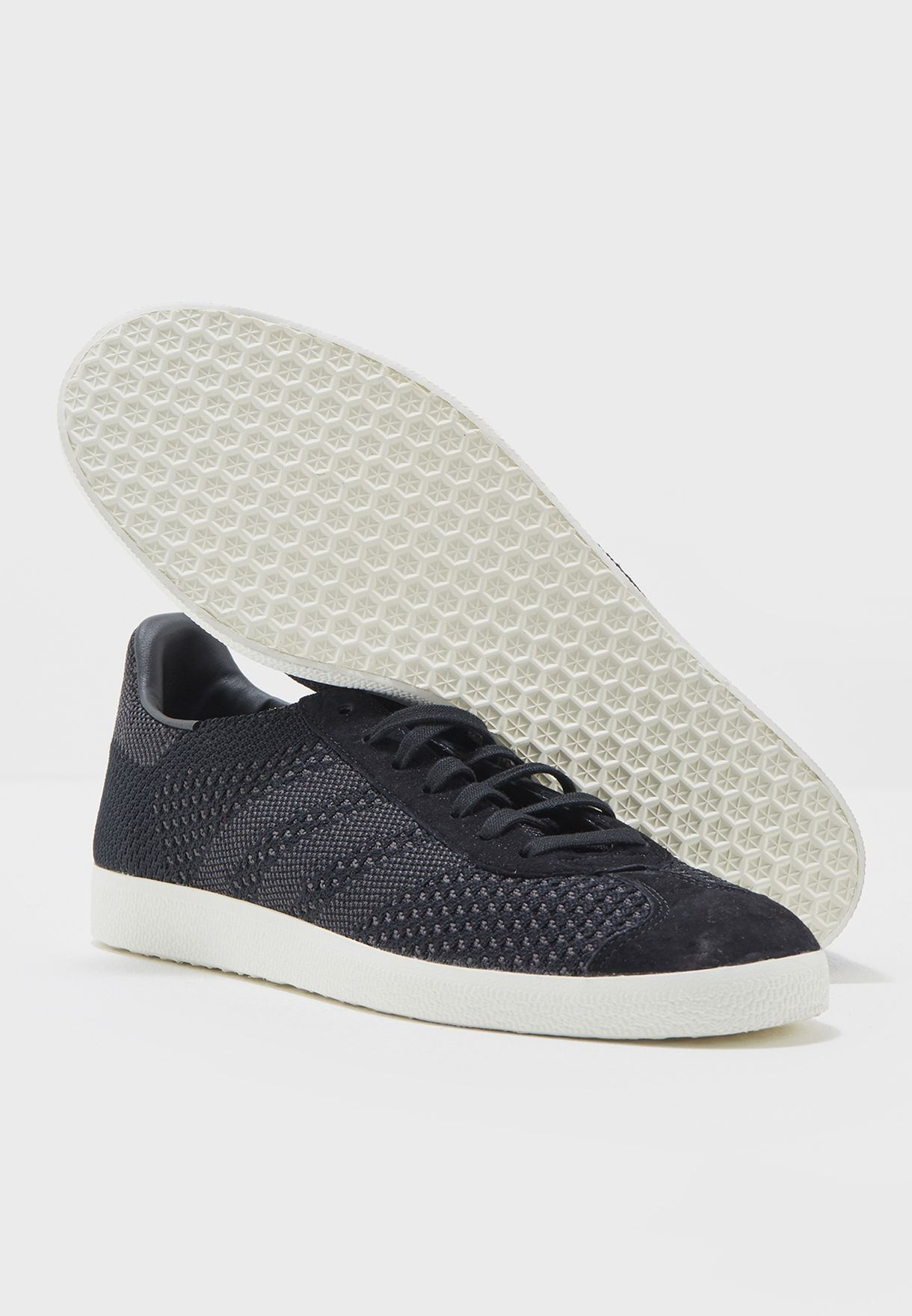 dbccb69d4574a7 Shop adidas Originals black Gazelle PK BZ0003 for Men in UAE ...