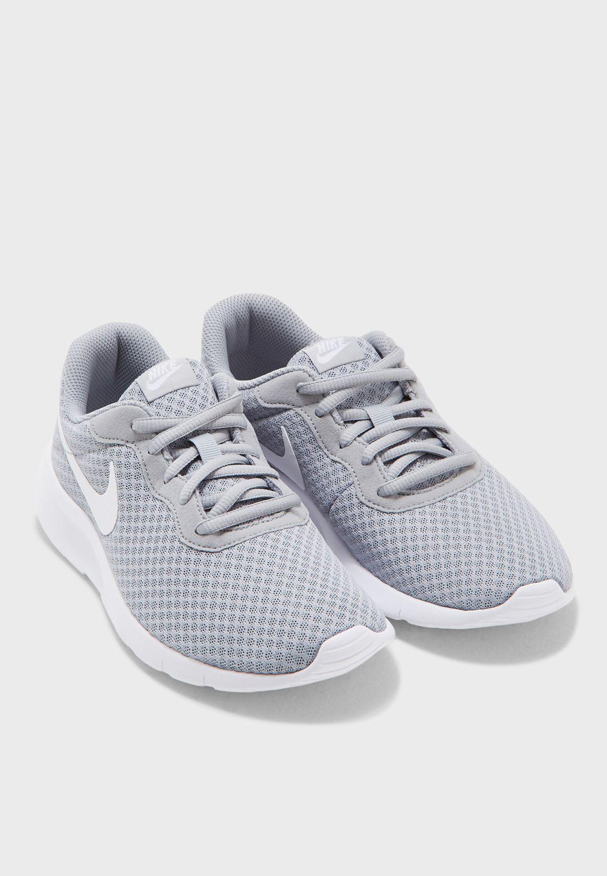 حذاء تانجن للشباب