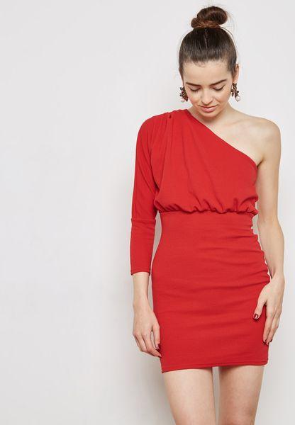 فستان بظهر مفتوح