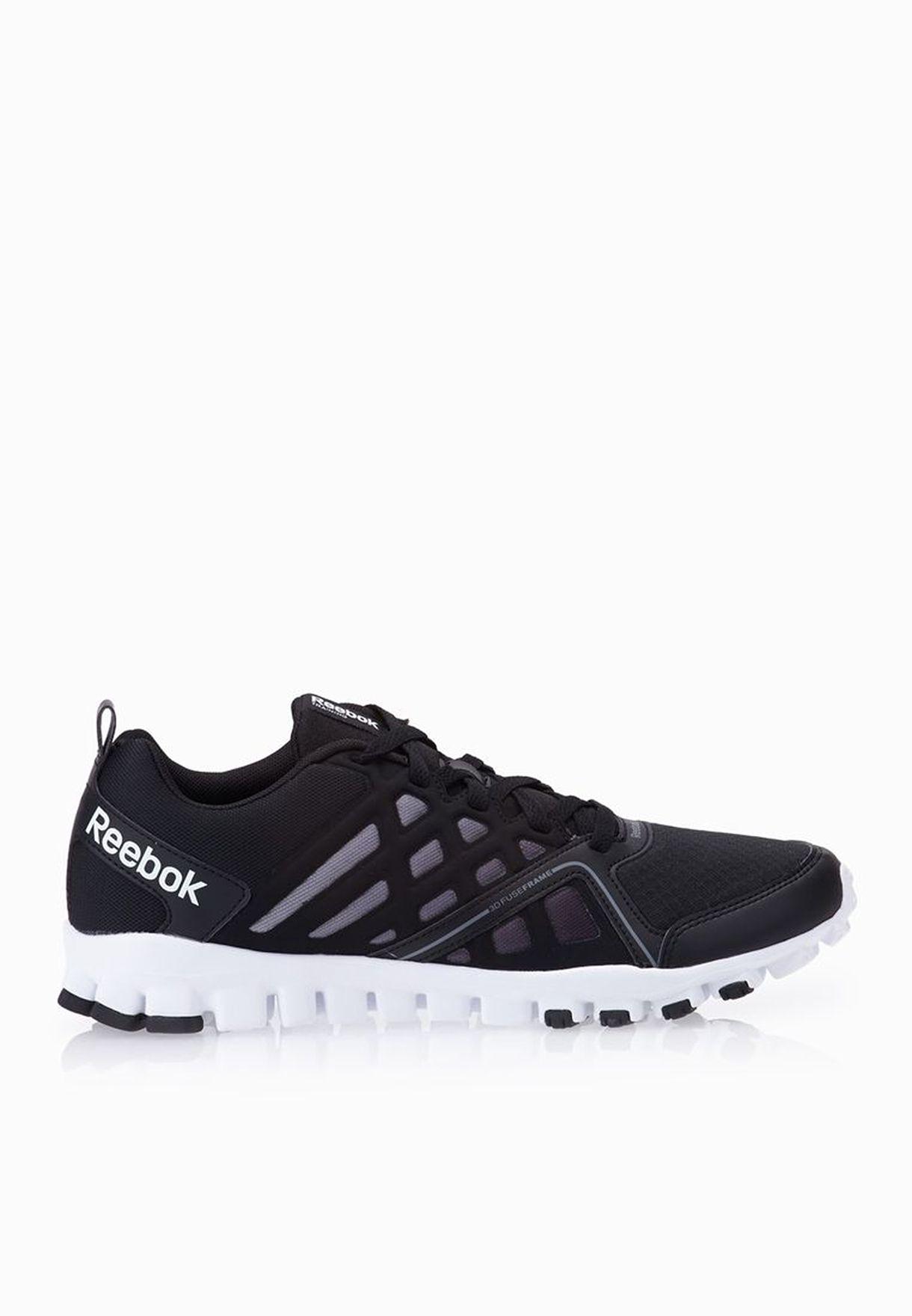 Shop Reebok black Realflex Train 3.0 V66210 for Men in Oman ... 3e4145831