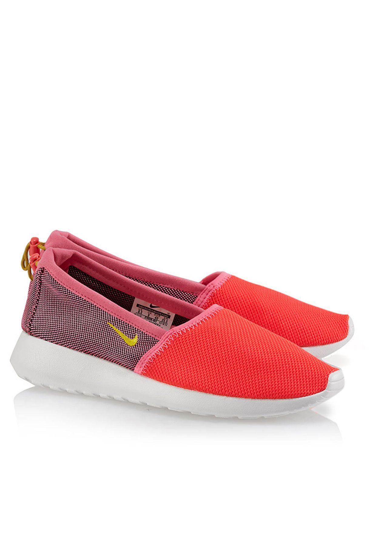 29e1d77b7a1c Shop Nike red Rosherun Slip Ons 579826-602 for Women in Bahrain ...
