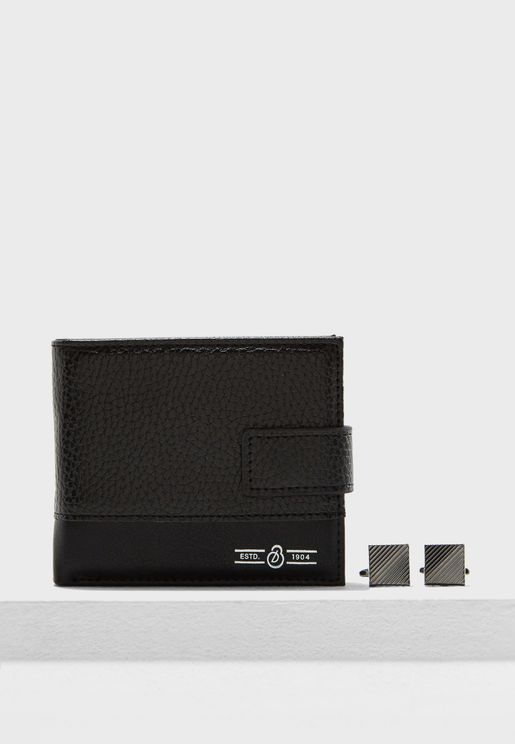 Pebbled Wallet and Cufflink Set