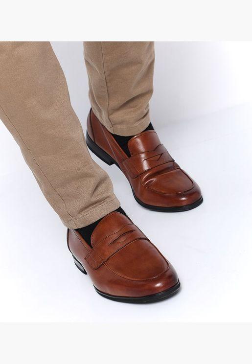 حذاء لوفر سولي دي بمقدمة مستديرة لون بني